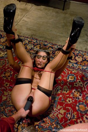 Azadeh bondage escorts in Ames